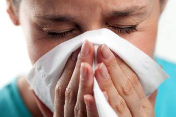 Народные средства для лечения аллергического насморка
